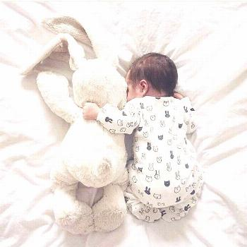 2019 Trend of Newborn Photography Ideas & Tips for Poses, Props & Settings - abrittonphotogr Trend