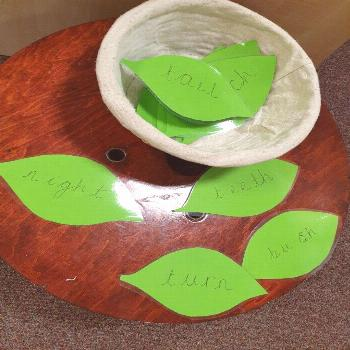 Jack and the beanstalk EYFS phonics reading activity. Jack and the beanstalk EYFS phonics reading a