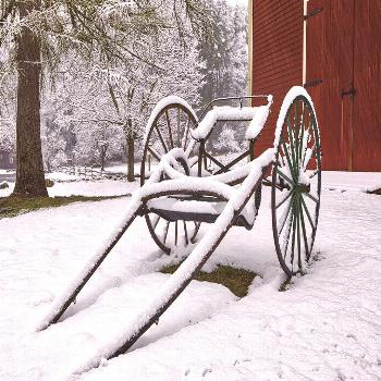 Some more photographs from this mornings April snow at the Wayside Inn Historic District. I am sett