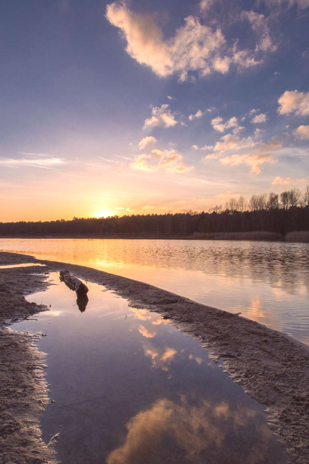 Cold muddy sunset by Denny Bitte -